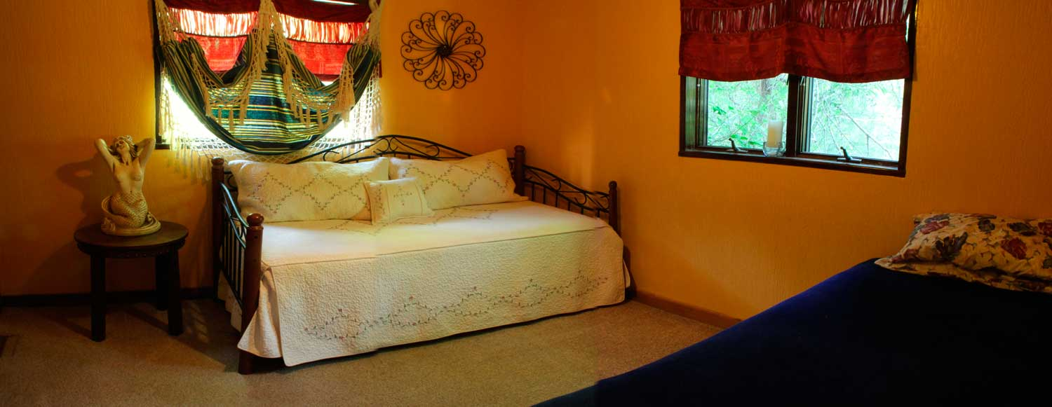 The Green Tara bunk room provides guest accommodations for 3 people during Samadhi Silent Retreats