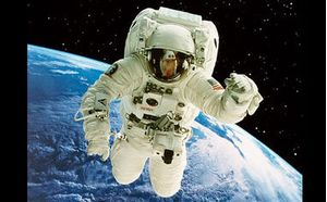 Overview Effect and the Experience of Savikalpa Samadhi of the Astronauts